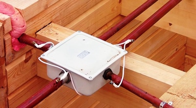 Разводка кабелей коробка